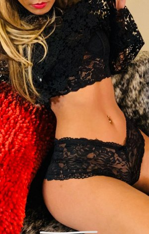 Nagette busty escorts in Pullman, WA