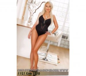 Lyse college escorts in Kelso